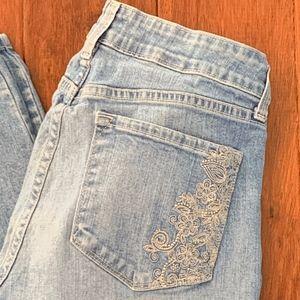 NYDJ Light Wash Straight Leg Jeans, Size 6